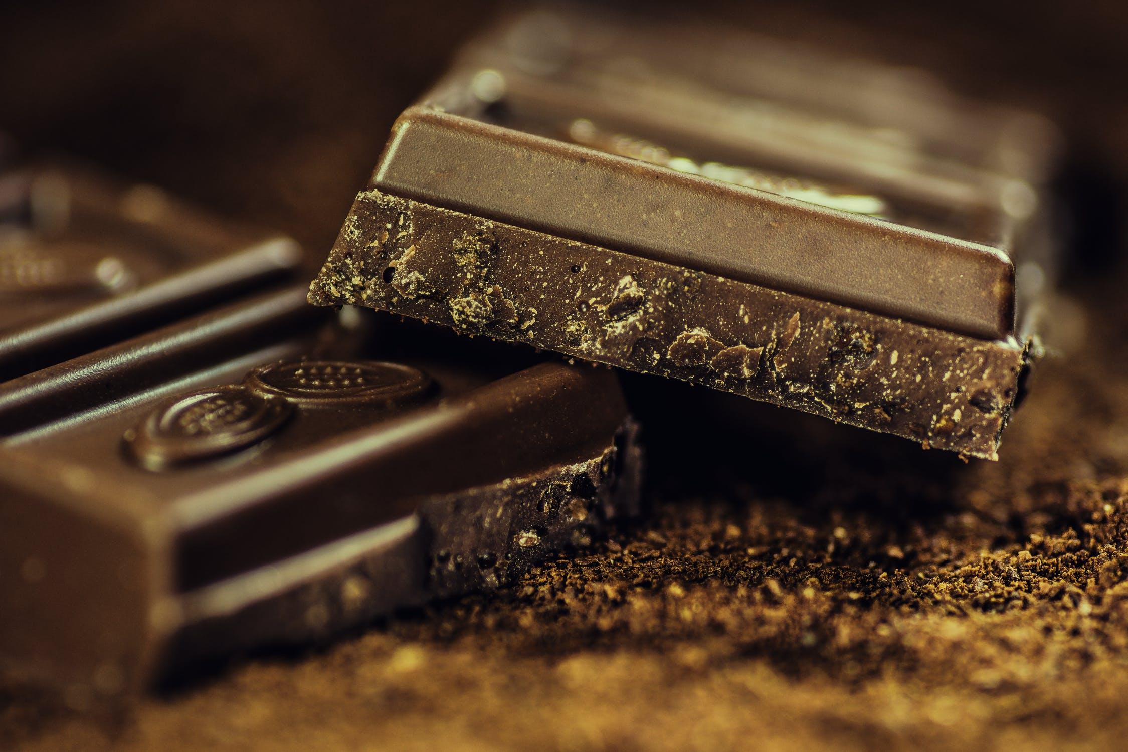 kostičky čokolády